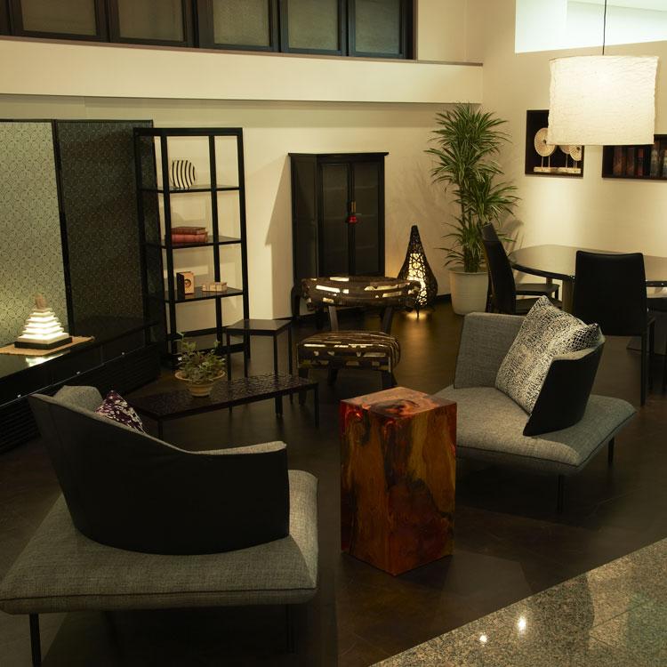 2011年の大阪マルキン家具、1階リニューアル後