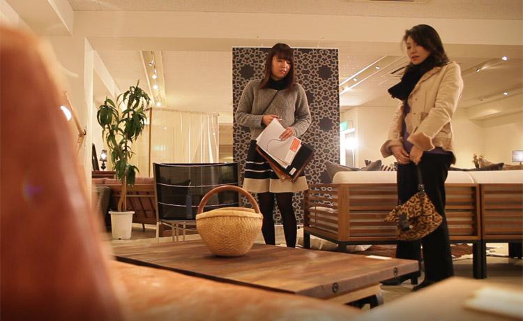 世界から集めた家具、雑貨をセレクト