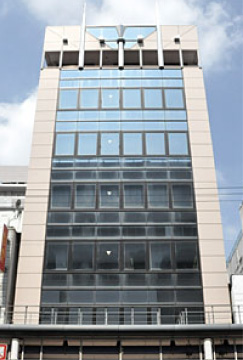 大阪 マルキン家具の外観