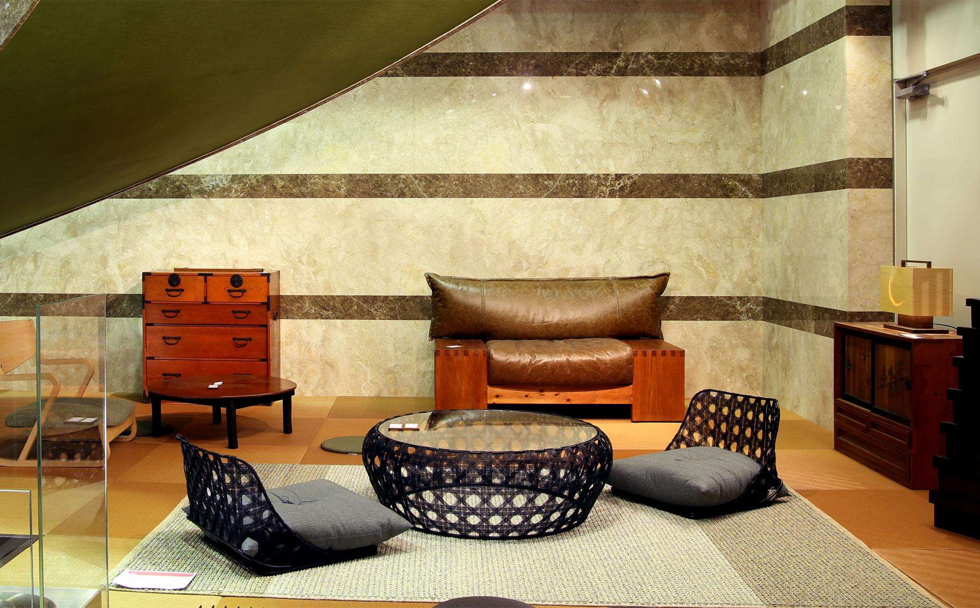 1階の家具インテリアショールームの画像7