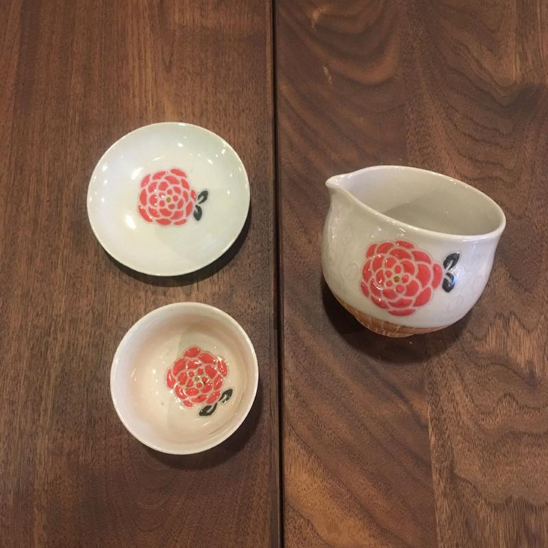豆皿のあるくらし お茶菓子に使っても便利なお皿です。