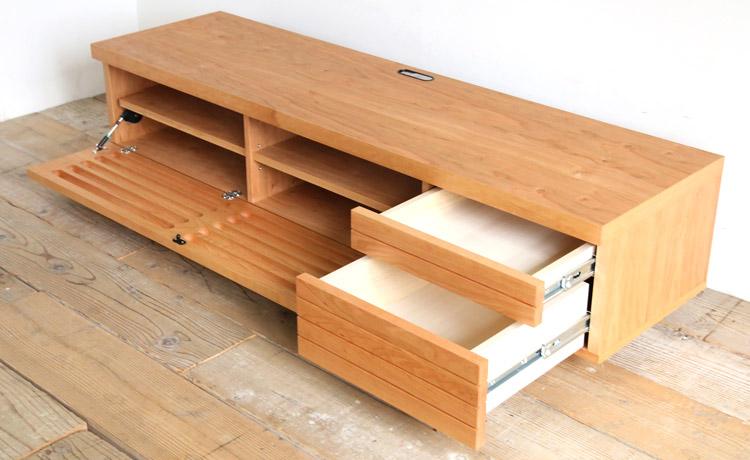 オーダー家具 テレビボードの収納、フラップ扉に2段の引き出し