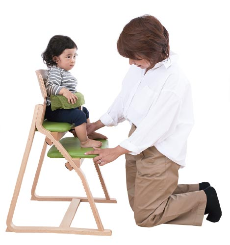 子どもの姿勢を守る椅子