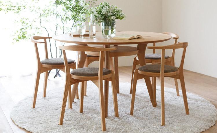 オーク材のアジレ丸テーブル