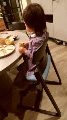 子供の姿勢を守るベビーチェア