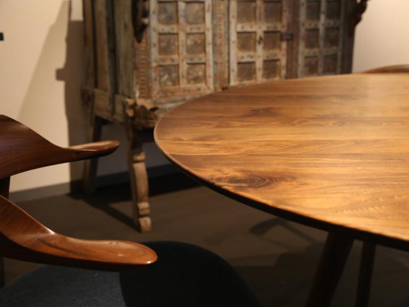 おすすめ丸(円形)テーブル アジレ ダイニングテーブル