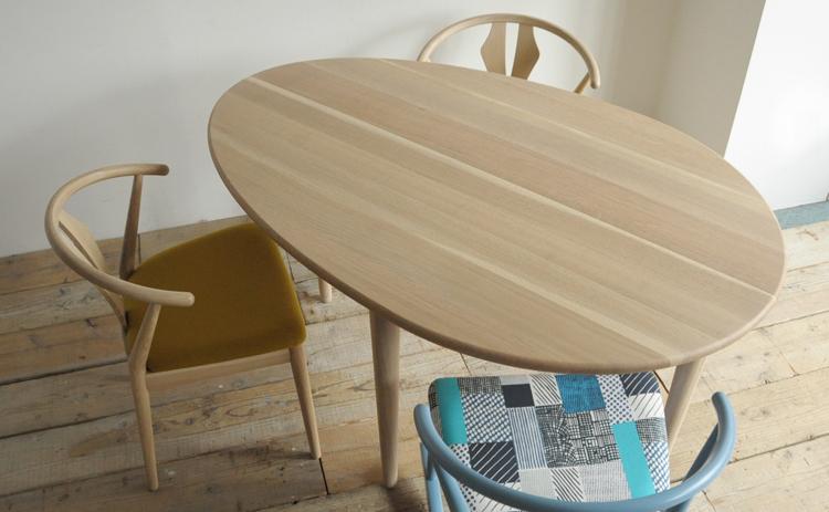 COTY コティ 日進木工のダイニングテーブルと合わせたチェアイメージ