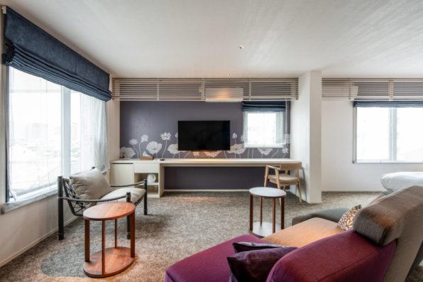 ホテルLAVIOLAの室内