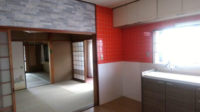 以前のキッチンのある部屋