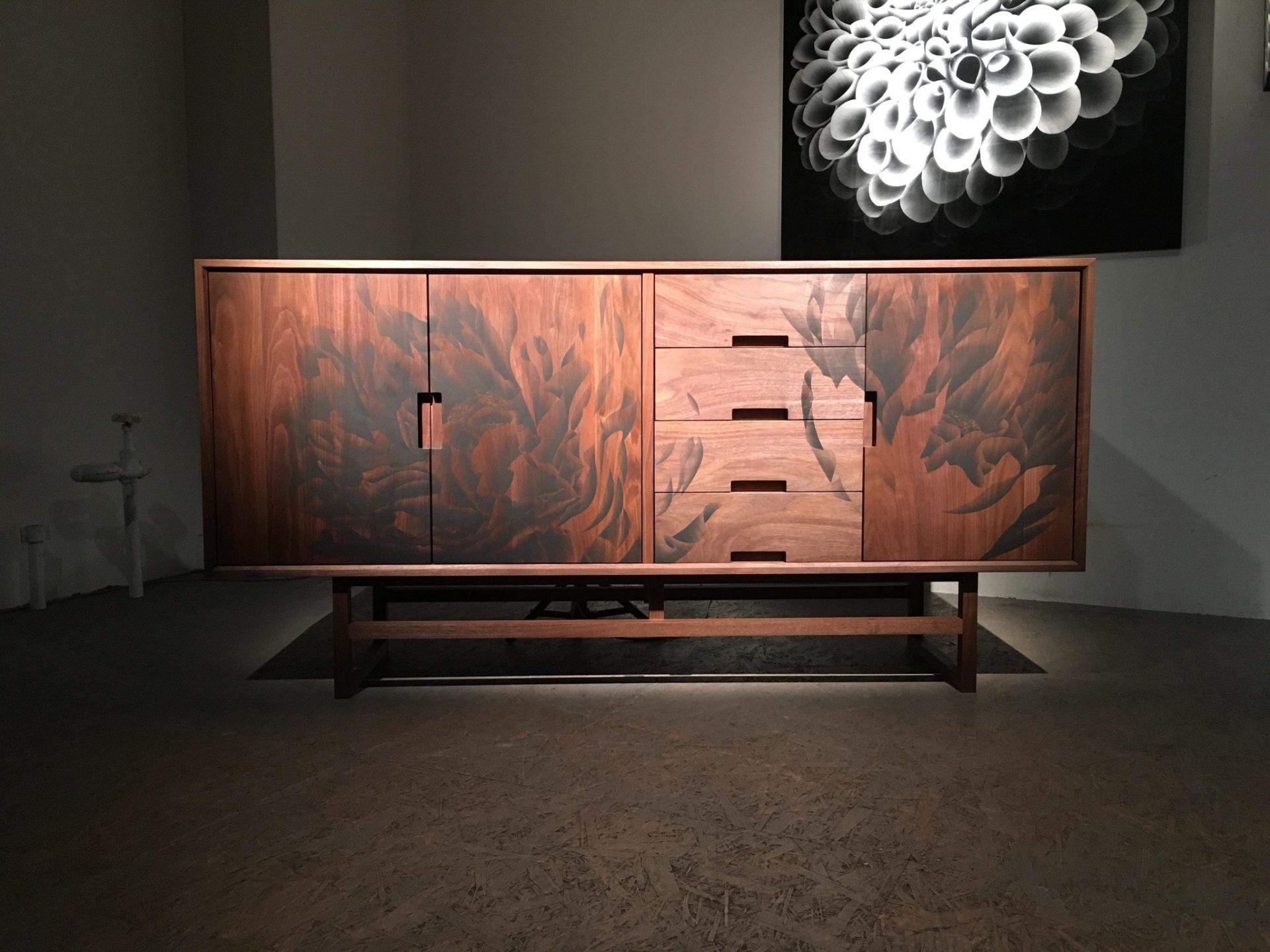 現代美術家 神戸博喜 アート家具「陽炎(かげろう)」& 作品展 開催中